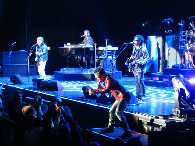 Journey - Manchester MEN,23 May 2013