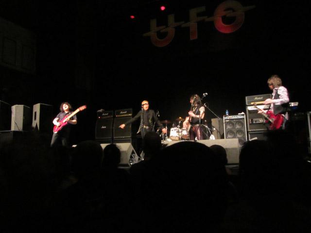 UFO - Parr Hall, Warrington, 20 March 2014