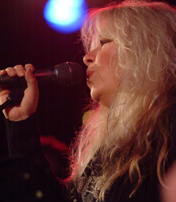 Judie Tzuke - photo by Noel Buckley