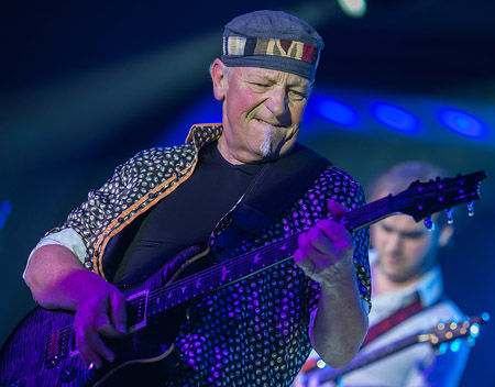 Martin Barre, photo by Simon Dunkerley