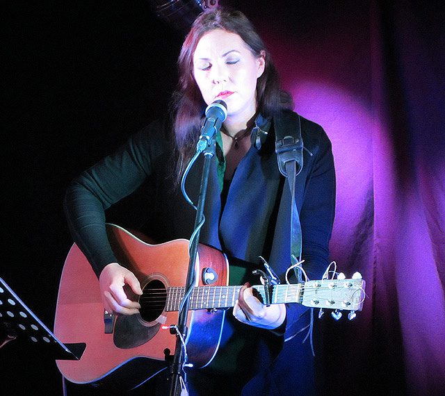 Thea Gilmore - Telford's Warehouse, Chester, 9 December 2014