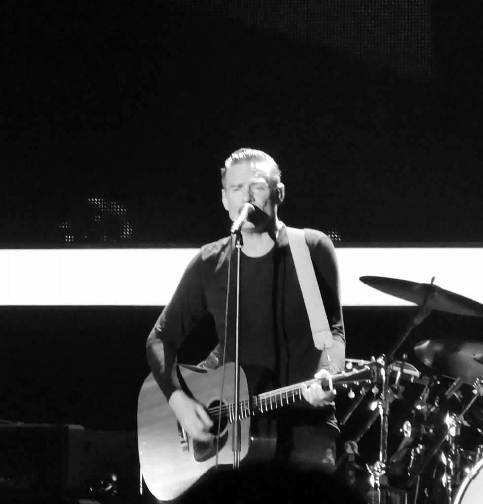 BRYAN ADAMS - Wembley Arena, London, 26 November 2014