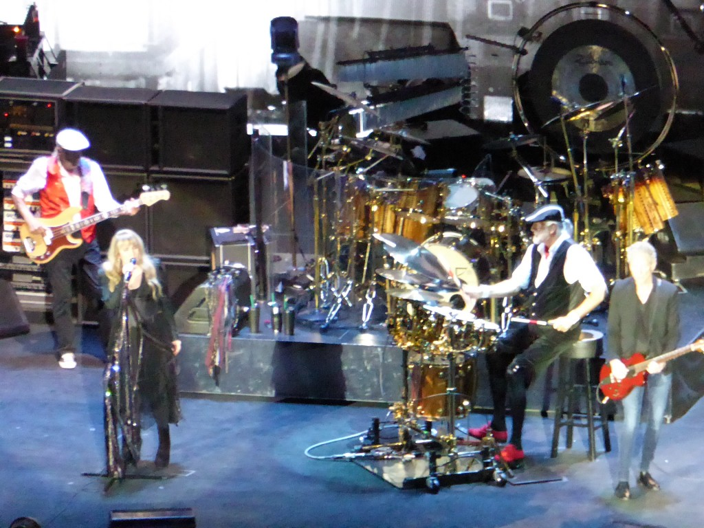 FLEETWOOD MAC - 02 Arena, London, 24 June 2015