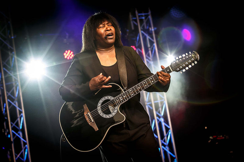 Joan Armatrading - Cambridge Folk Festival, 30 July-2 August 2015