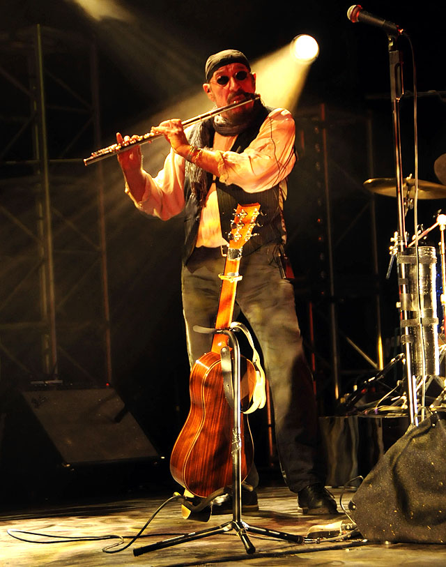 IAN ANDERSON (JETHRO TULL) - The Lowry, Salford, 14 September 2015