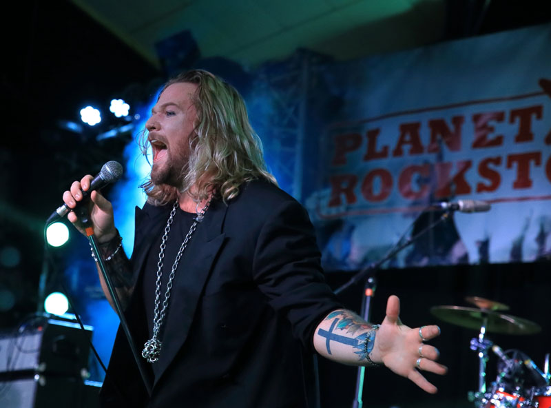 Inglorious - Planet Rockstock - Trecco Bay, South Wales, 4 December 2015