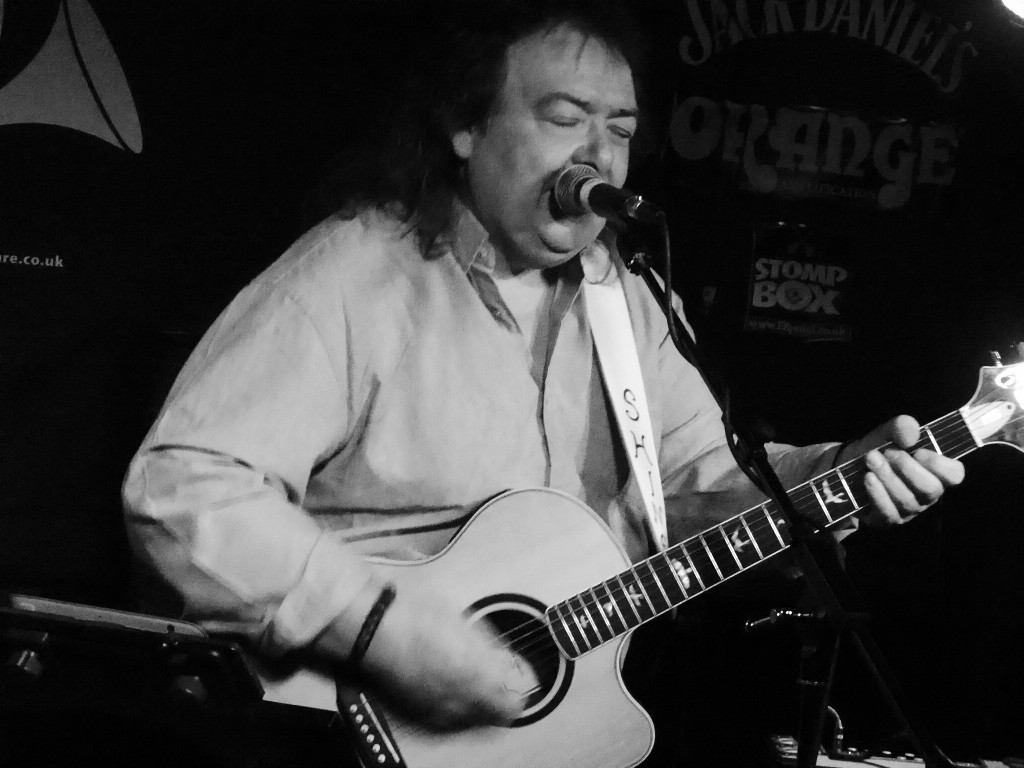 BERNIE MARSDEN- The Horn, St Albans, 8 June 2016