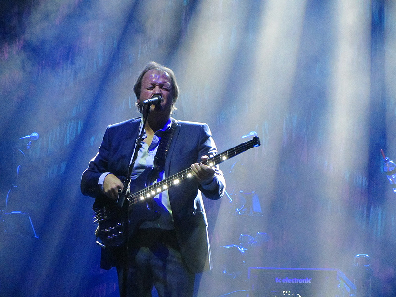 LEVEL 42 - The Lowry, Salford, 4 October 2016