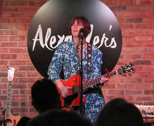 ELEANOR McEVOY - Alexander's, Chester, 14 May 2017