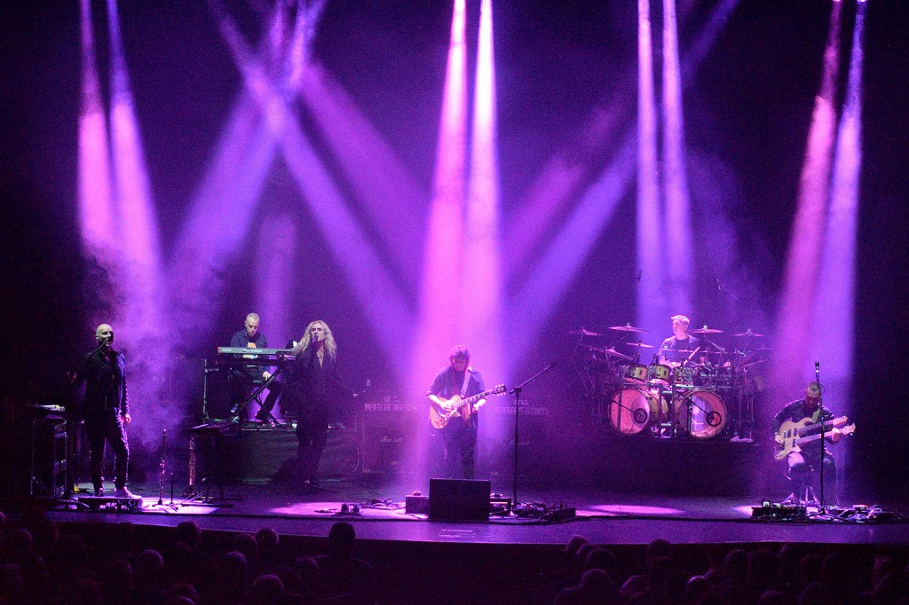 STEVE HACKETT - Philharmonic Hall, Liverpool, 11 November 2019